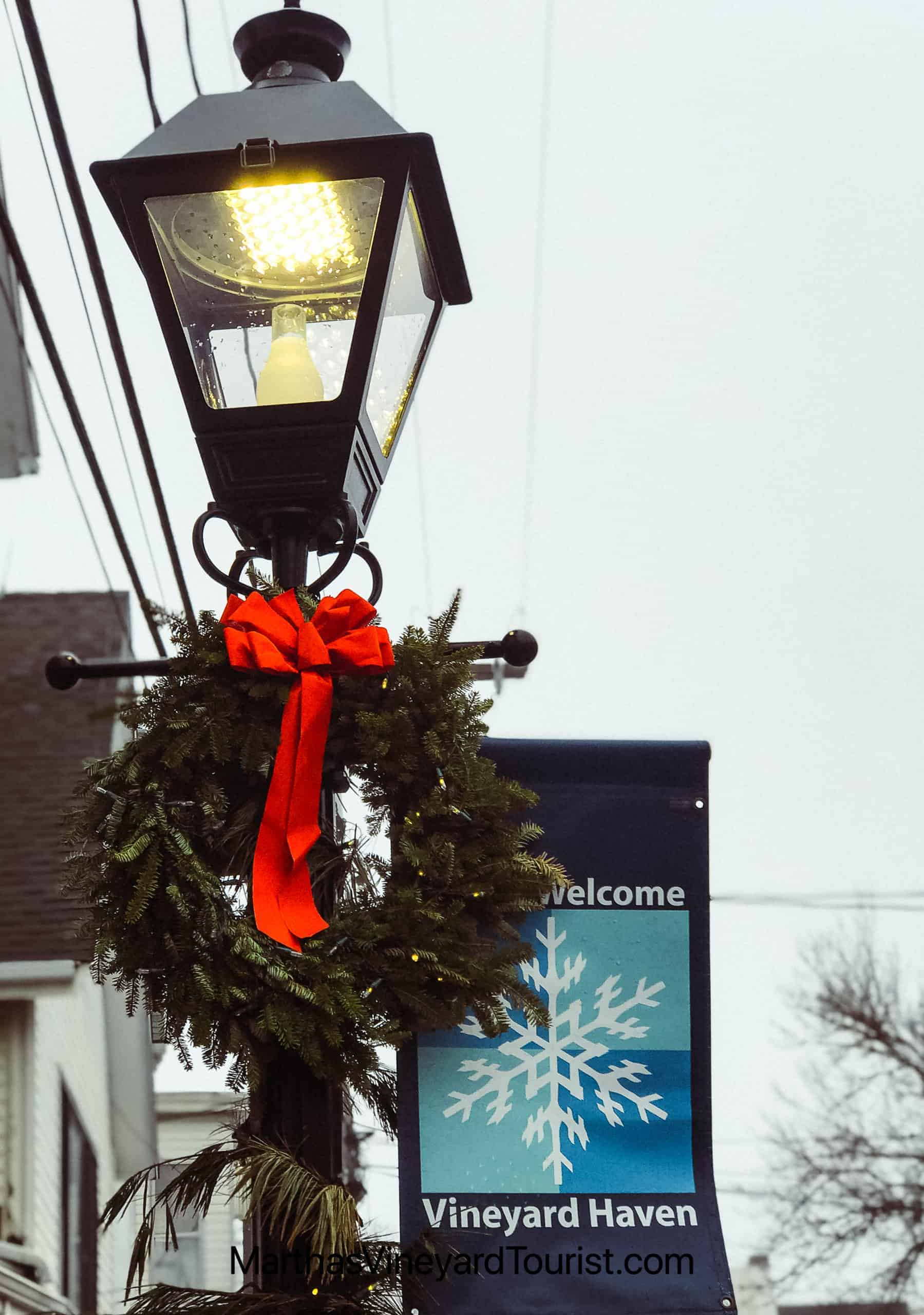 a Christmas wreath on a lamppost in Vineyard Haven