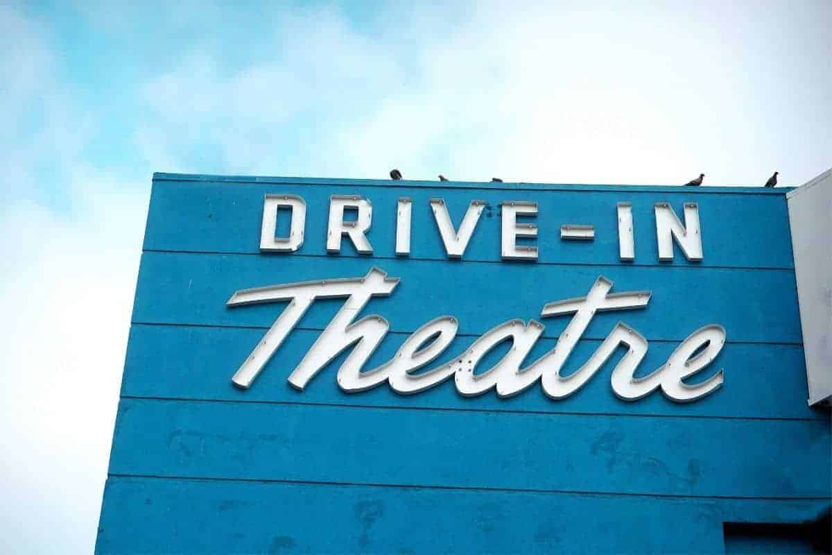 A drive-in theatre sign