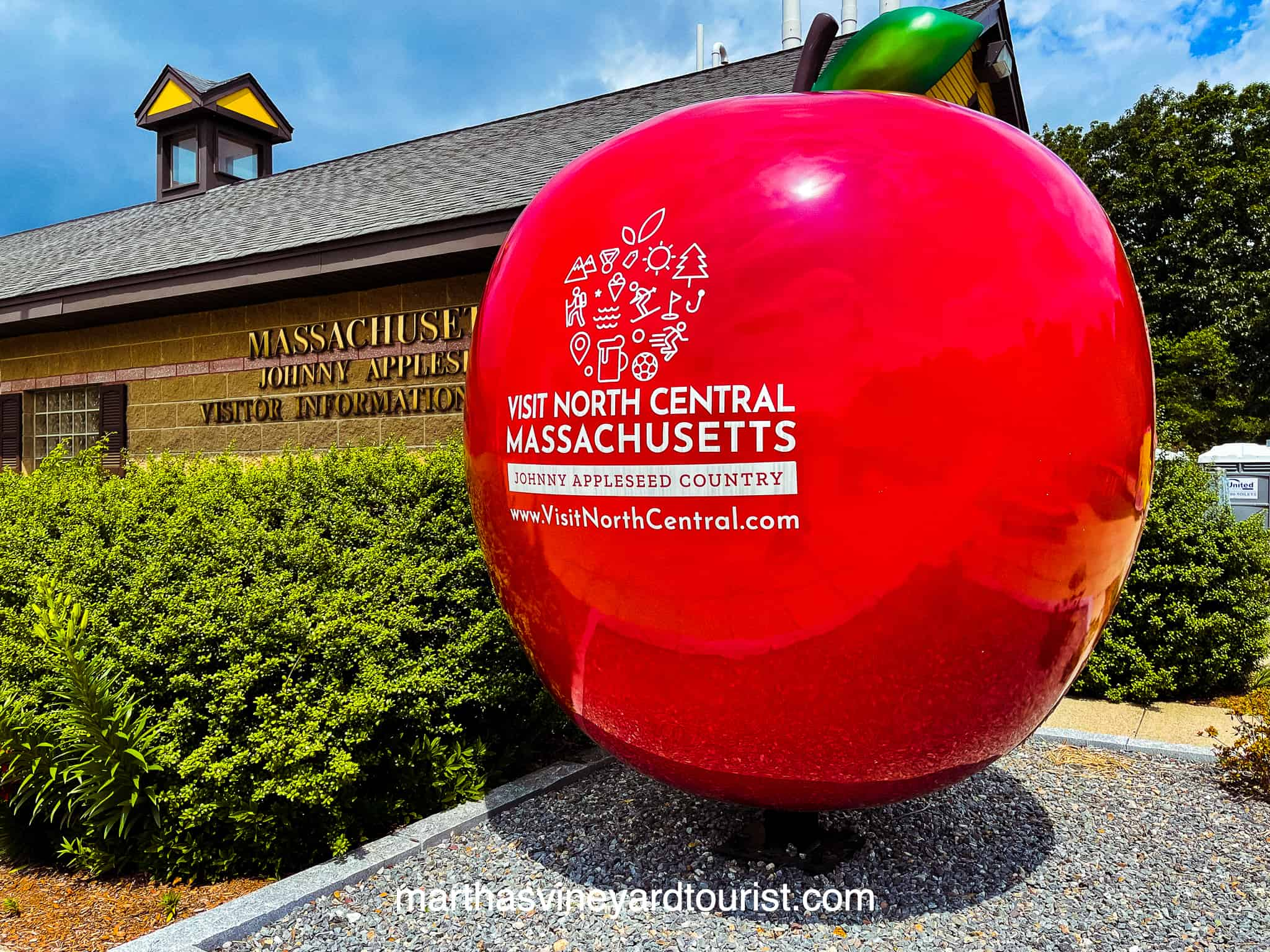 red apple outside the North Central Massachusetts visitor centre